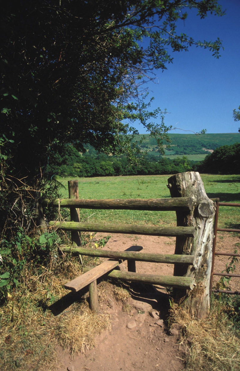 Beacons Way – Day 2: Llanthony to Crickhowell